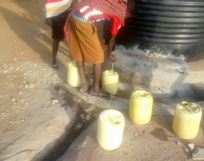 el agua en los colegios