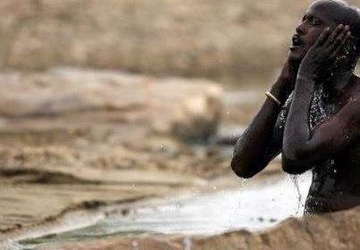 El agua que limpia.....