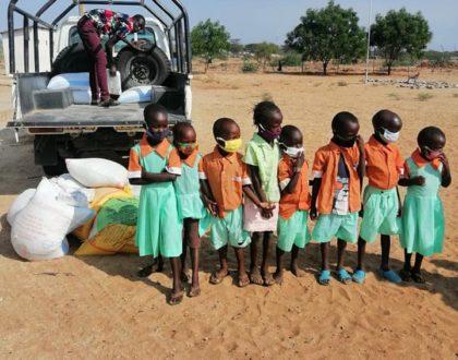 reparto alimento en Turkana