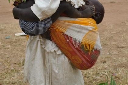 la infancia en la mujer africana